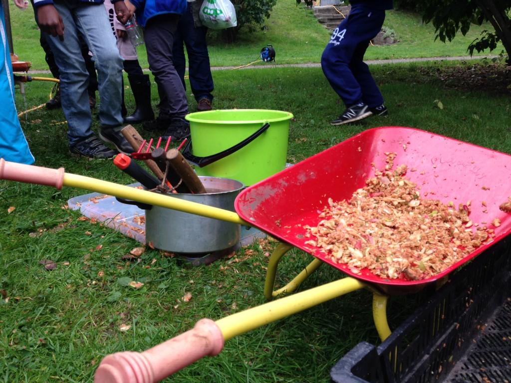 Äppelfest 150926 rester